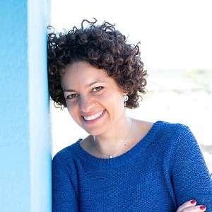 Juliana Rabbi - remote job coach